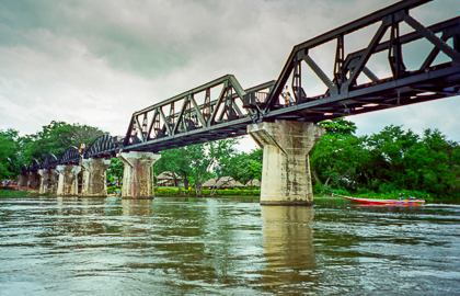 Kanchanaburi - River Kwai and Bridge